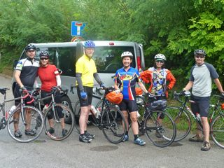 biking tours italy bikers with van