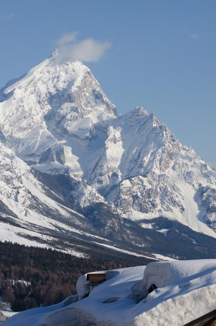 ski tours cortina italy