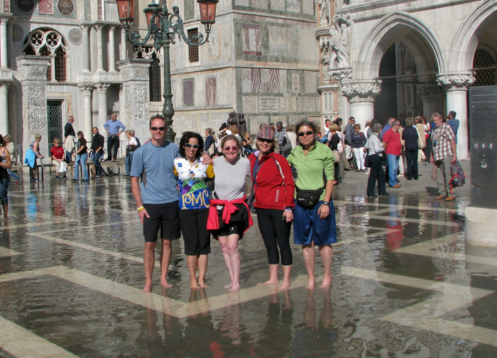 guests cycling tour italy