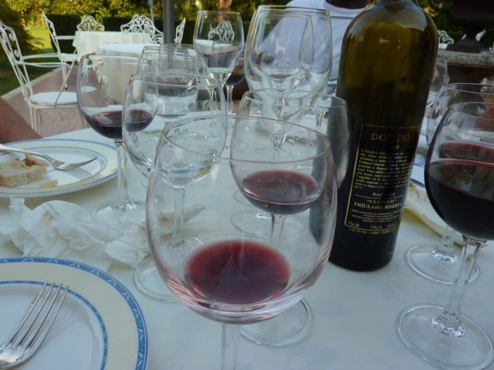 wine tasting cycling tours italy