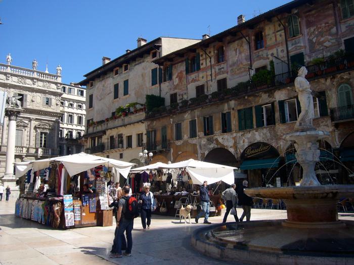 piazza del erbe custom tours verona