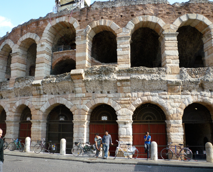 arena verona custom italy tours