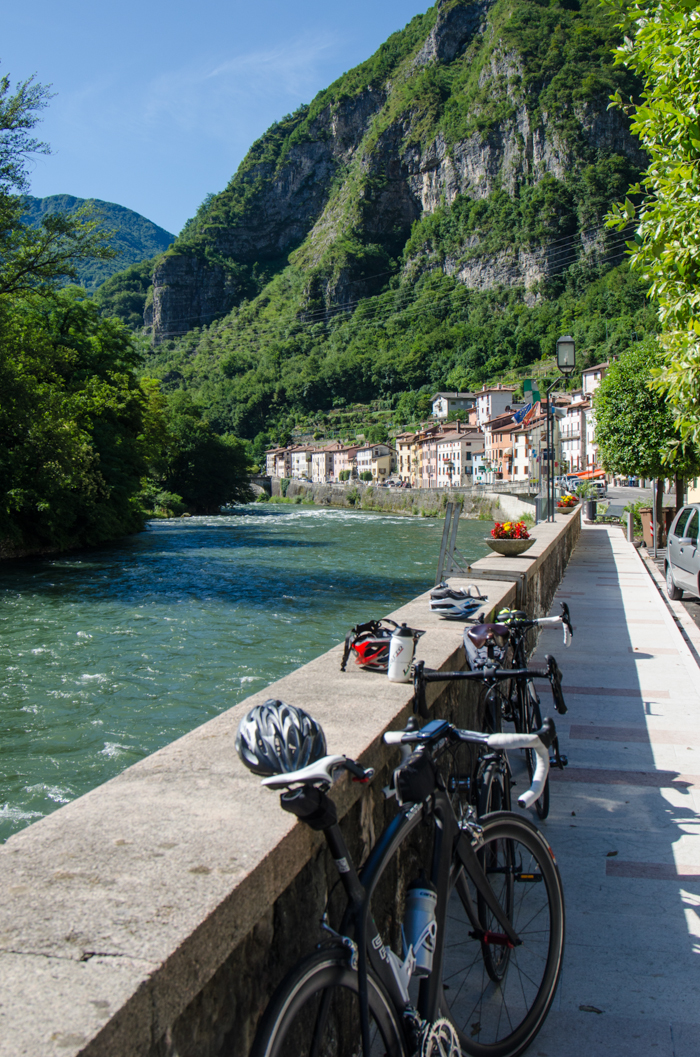 bikes along valsugana bike path
