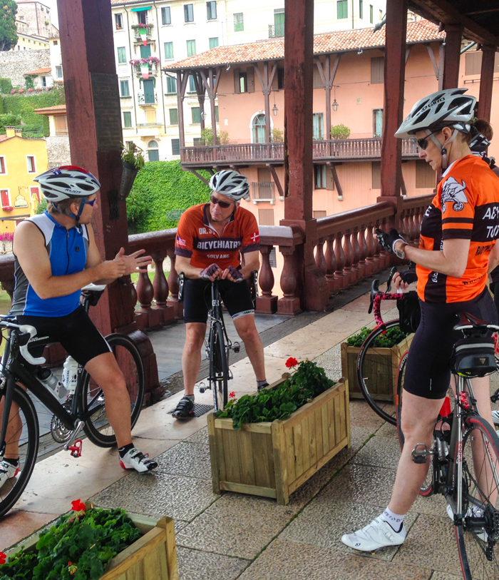 guests cycling tour dolomites