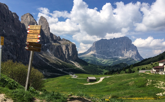 dolomites hiking tours