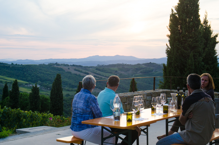 wine-tasting-tuscany-walking-tour-italy