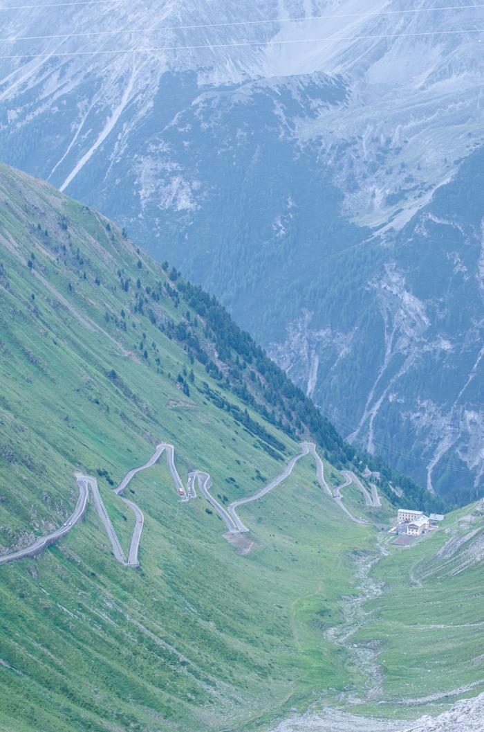 passo-stelvio-bike-tours-italy
